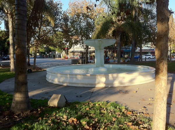 Leimert Plaza Park