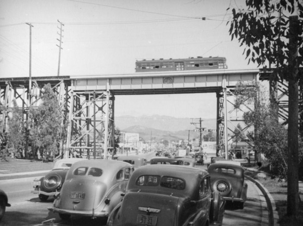 Fletcher Drive viaduct, ca. 1938 | Herman J. Schultheis Collection courtesy of the Los Angeles Public Library