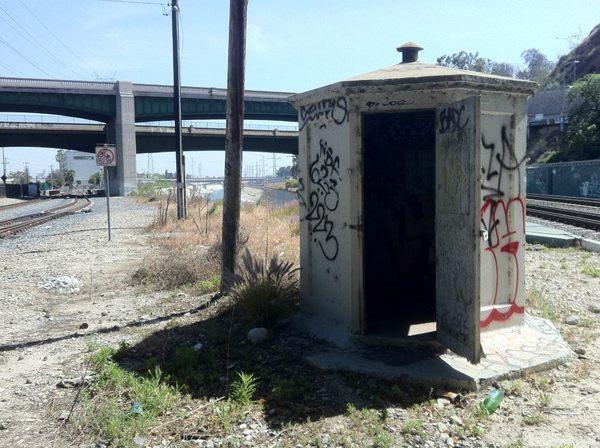Santa Fe Railroad building-thumb-600x448-51080