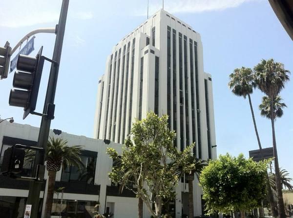 Wilshire-La Brea - Dominguez-Wilshire Building (1930)