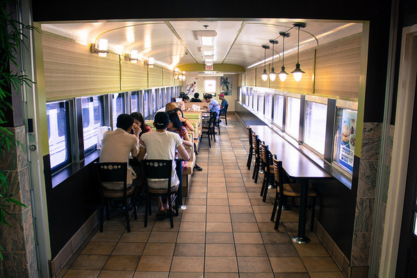 Seating inside the Barstow Station McDonald's | Photo: Derek Bruff/Flickr/Creative Commons