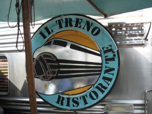 Il Treno in Vernon | Photo: lizziee.wordpress.com