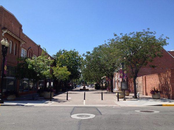 2nd Street Promenade-thumb-600x450-80460
