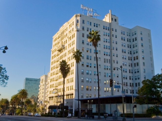 Wilshire Royale Apartments (image source: Wilshire Royale Apartments)