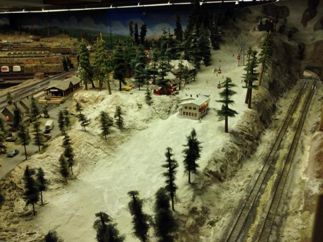 Nobody Drives In La Visiting The Pasadena Model Railroad