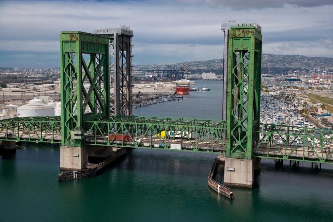 Commodore Shuyler Heim Bridge with Henry Ford Bridge behind it (credit: Port of Long Beach)
