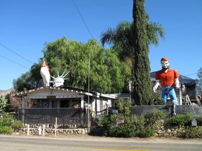 Briannas Place, Mentone CA (Image source: voo_doolady)