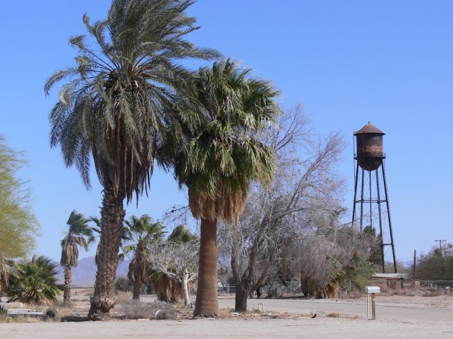 Ripley, California (image source: J.gumby.BOURRET)