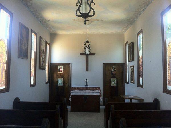 Alpine Village chapel interior-thumb-600x448-78638