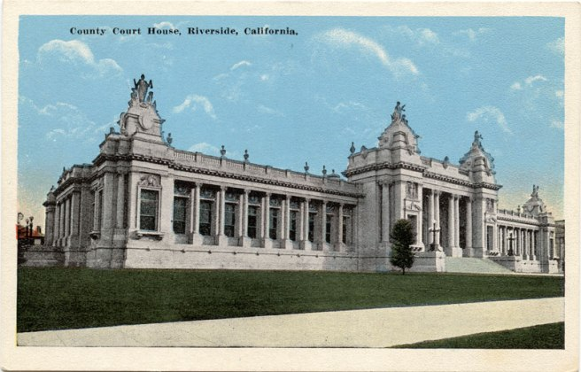 pc-riv-1920s-dt-courthouse-001-A-800