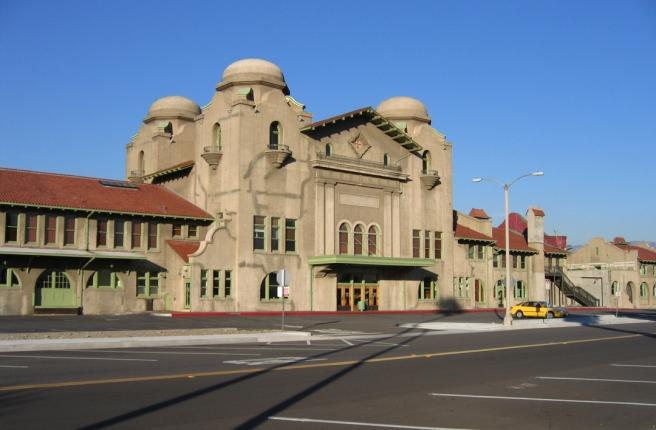 Streetside of San Bernardino Santa Fe Depot (Image source: Oakshade)