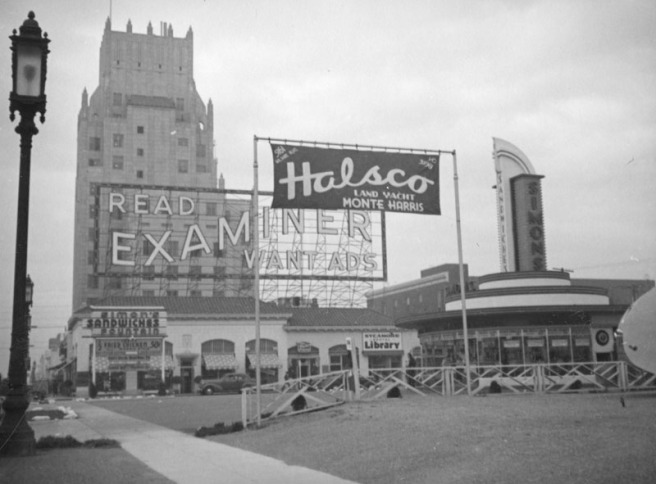 Simon's on Wilshire Boulevard (Herman Schultheis)