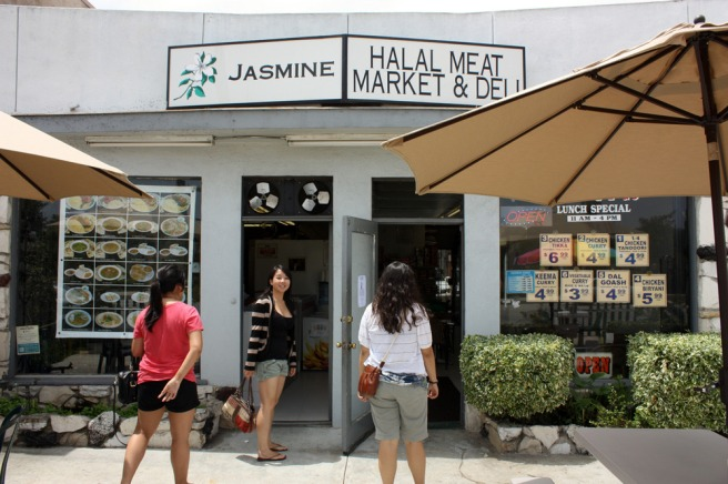 Jasmine Market (Image source: Oh My Food Coma)