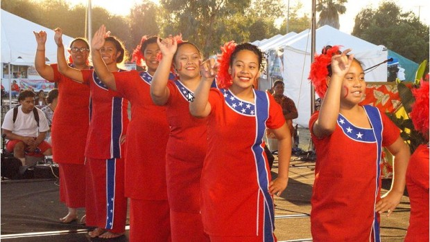 Samoans on Flag Day (Image source: Zamná Ávila)