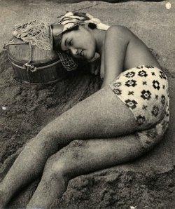 dozingincoolsand1950