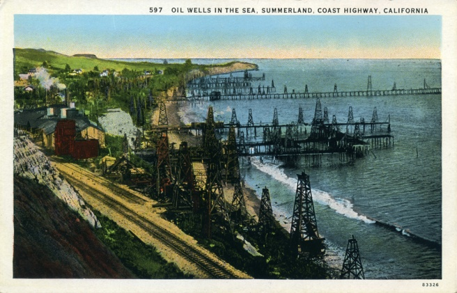 Oil_Wells_in_the_Sea_Summerland_Coast_Highway_California_597