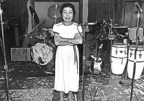 Esther Wong 1917-2005 asiansmakingmusic.tumblr.com