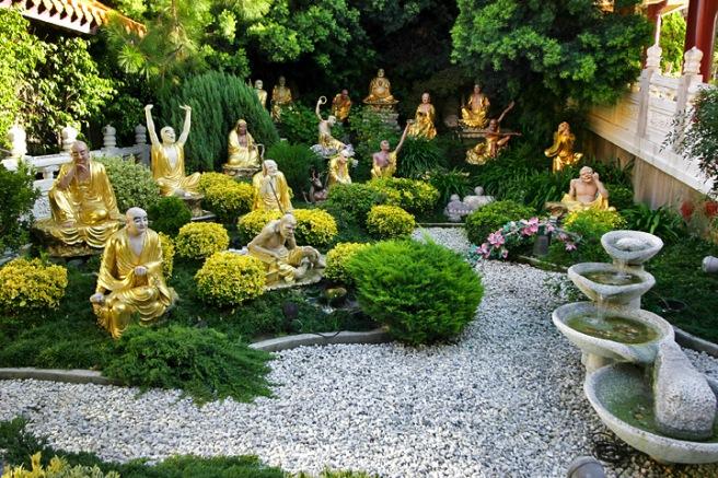 Lightmatter_Hsi_Lai_Temple_Arhat_Garden