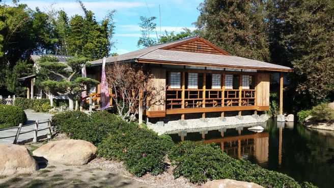 Tea_house_at_the_Japanese_Garden