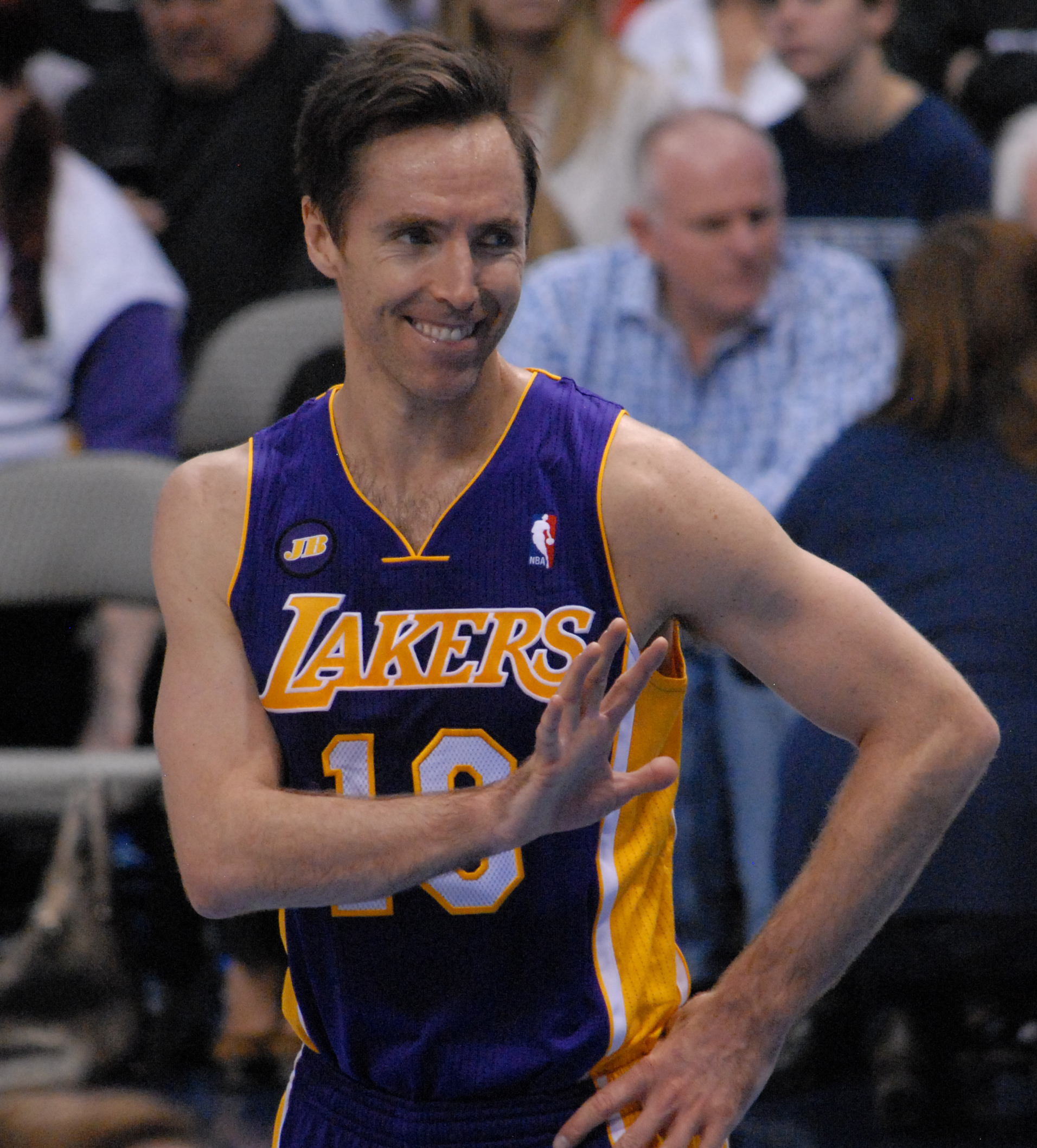 Steve_Nash_Lakers_smiling_2013