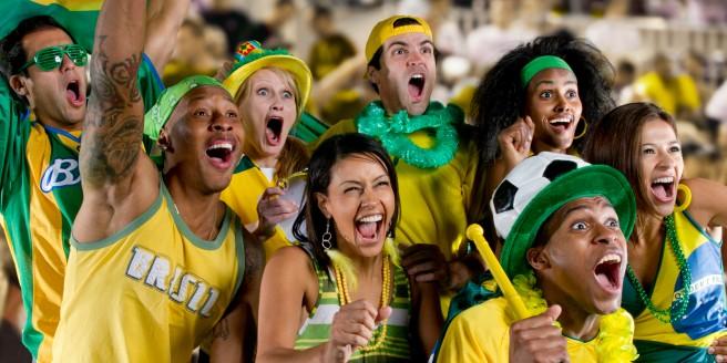 brazilian-football-fans