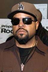 ice-cube_2014-01-09-chicago-photoby-adam-bielawski