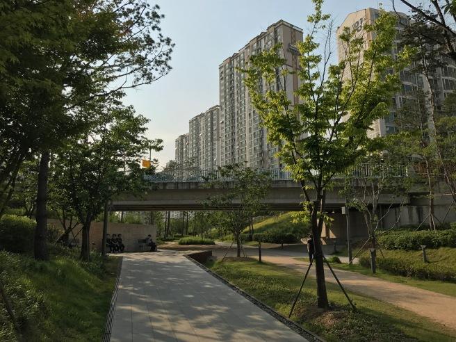 Gyeongui Line Forest Park.