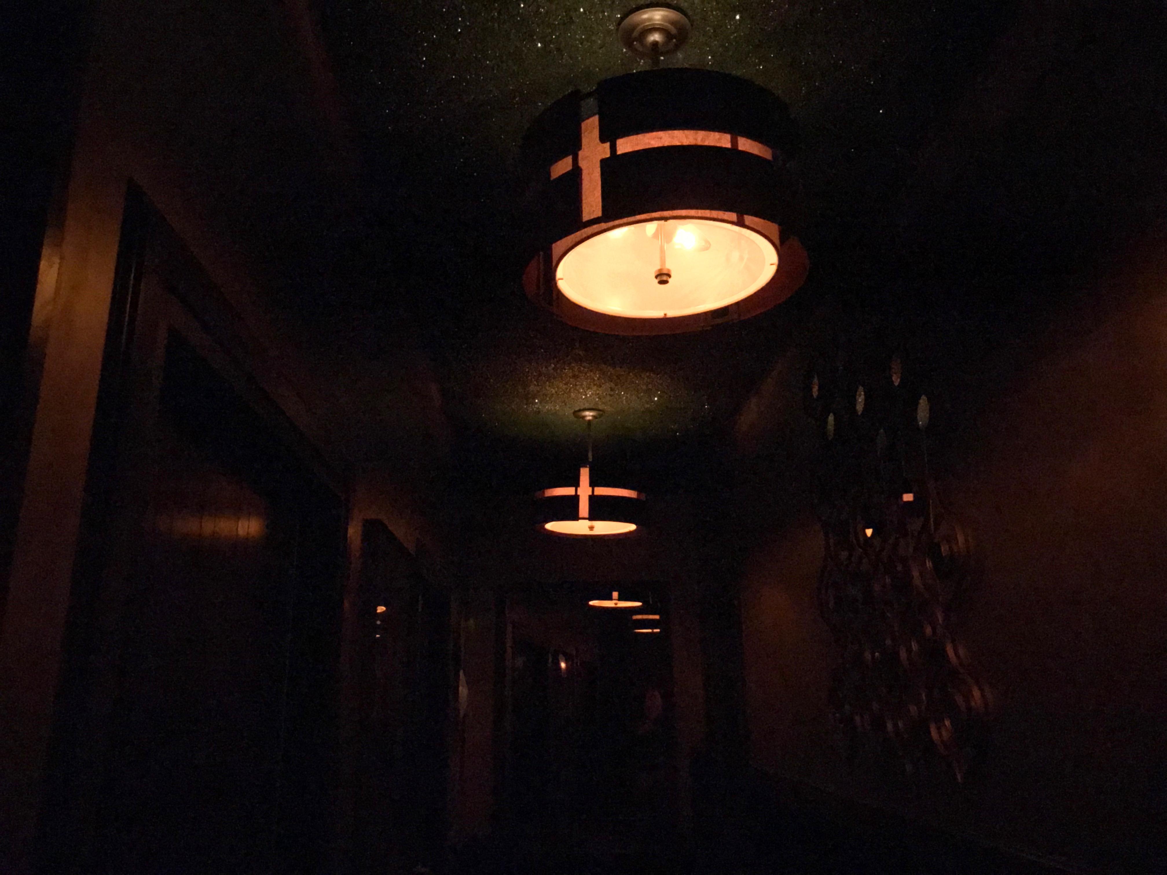 Swinging Doors — Club Tee Gee   Eric Brightwell