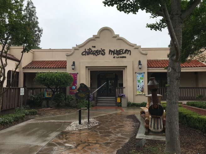Children's Museum entrance.JPG