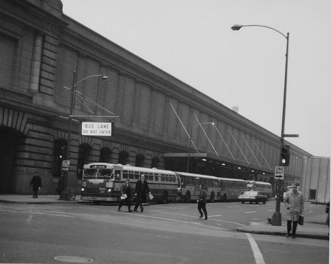 street-view-of-madison-avenue-station-1940-chicago-and-north-western-historical-society.jpg