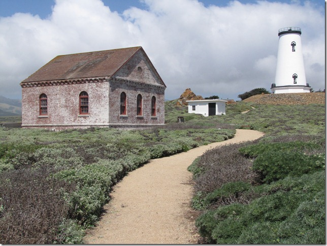 Piedras_Blancas_Light_Station_2012