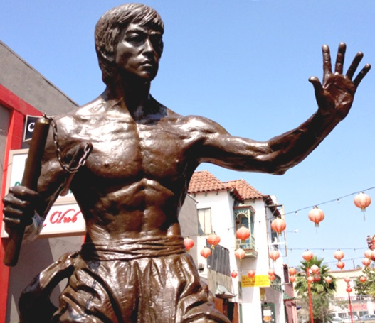 Bruce_Lee_statue_in_Los_Angeles
